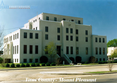 Titus County Courthouse