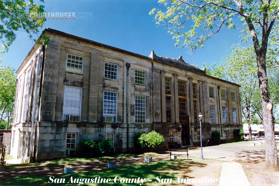 San Augustine County Courthouse